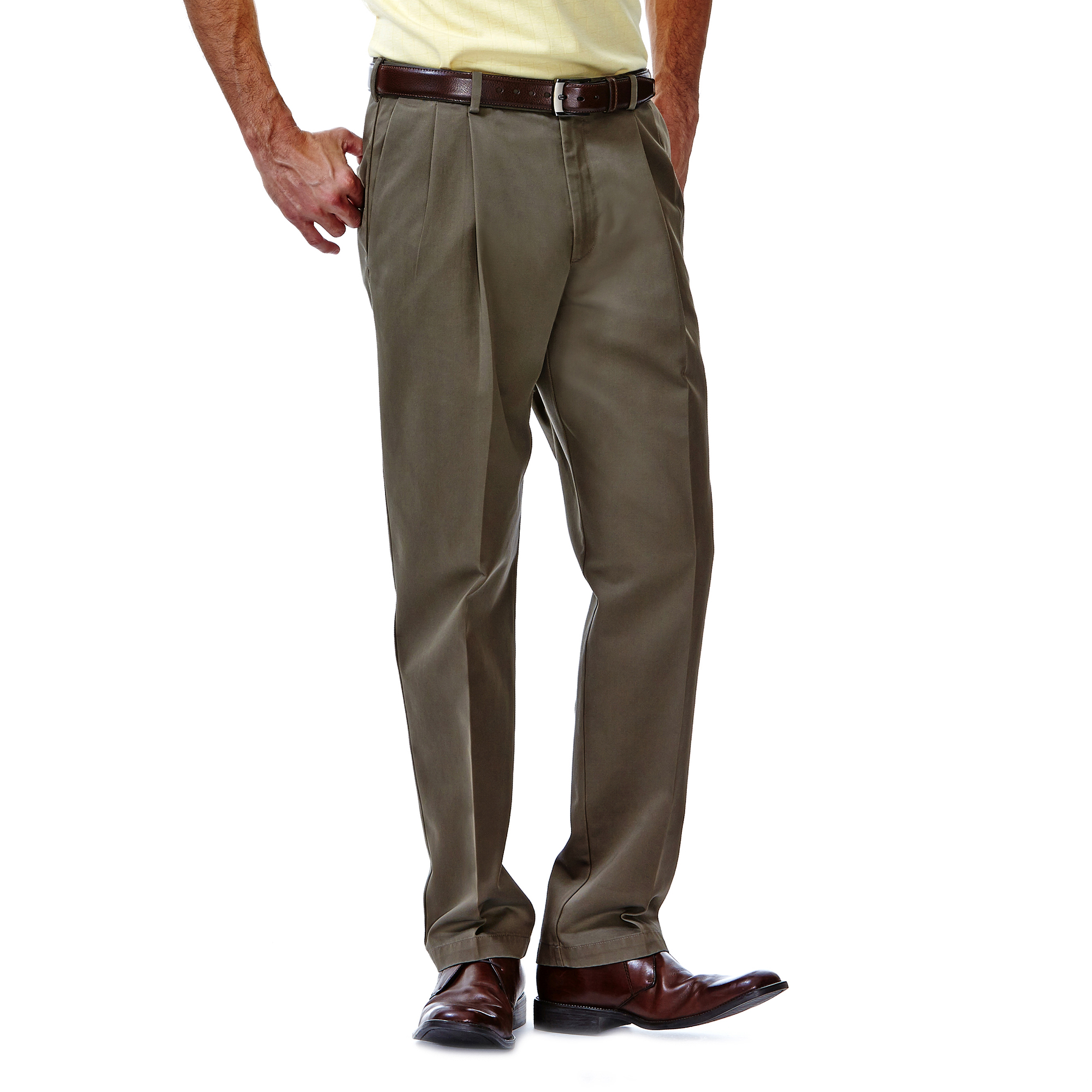 Haggar Mens Work to Weekend Expandable-Waist Pleat-Front Short